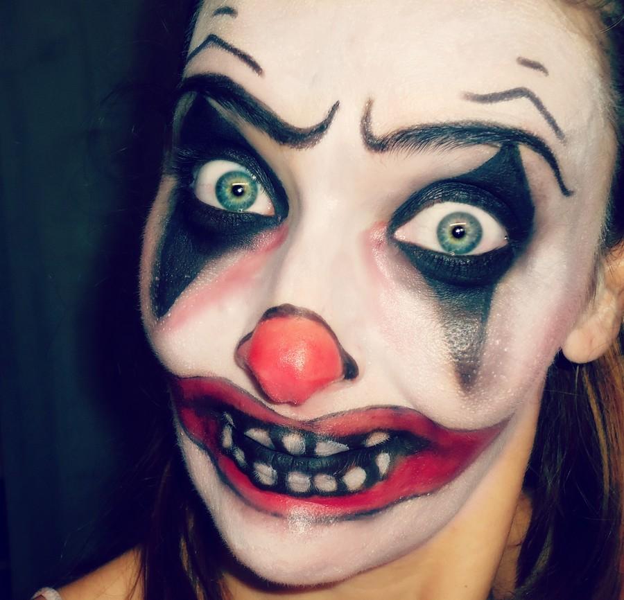 Maquillaje halloween payaso diab lico paso a paso for Pinturas de cara para halloween