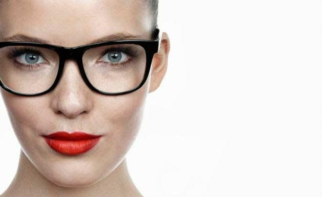 como maquillarse con gafas