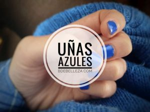 decoracion de uñas azules