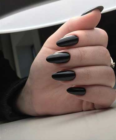 uñas negras de gel