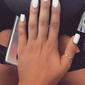 uñas blancas largas mate