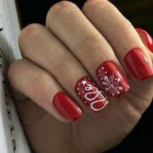 uñas blanco y rojo para navidad