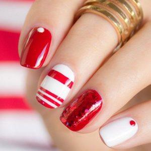 decoracion de uñas en blanco y rojo