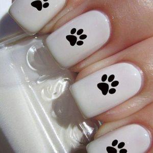 decoracion uñas huellas perro