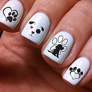 decoracion uñas con perretes