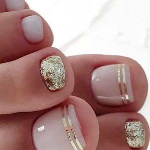 decoración uñas de pies con cintas 2