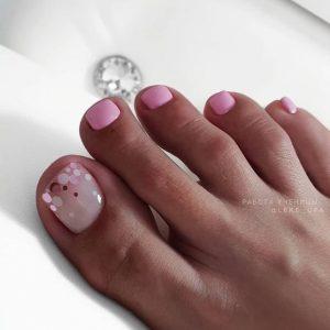 decoración uñas de pies con cintas