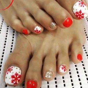 Uñas de los pies navideñas