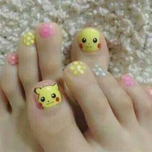 uñas pies pikachu