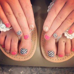 combinar uñas de pies y manos 4