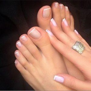 combinar uñas de pies y manos 9