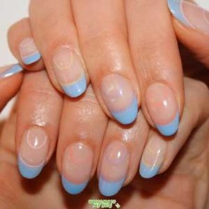 uñas francesas azul celeste